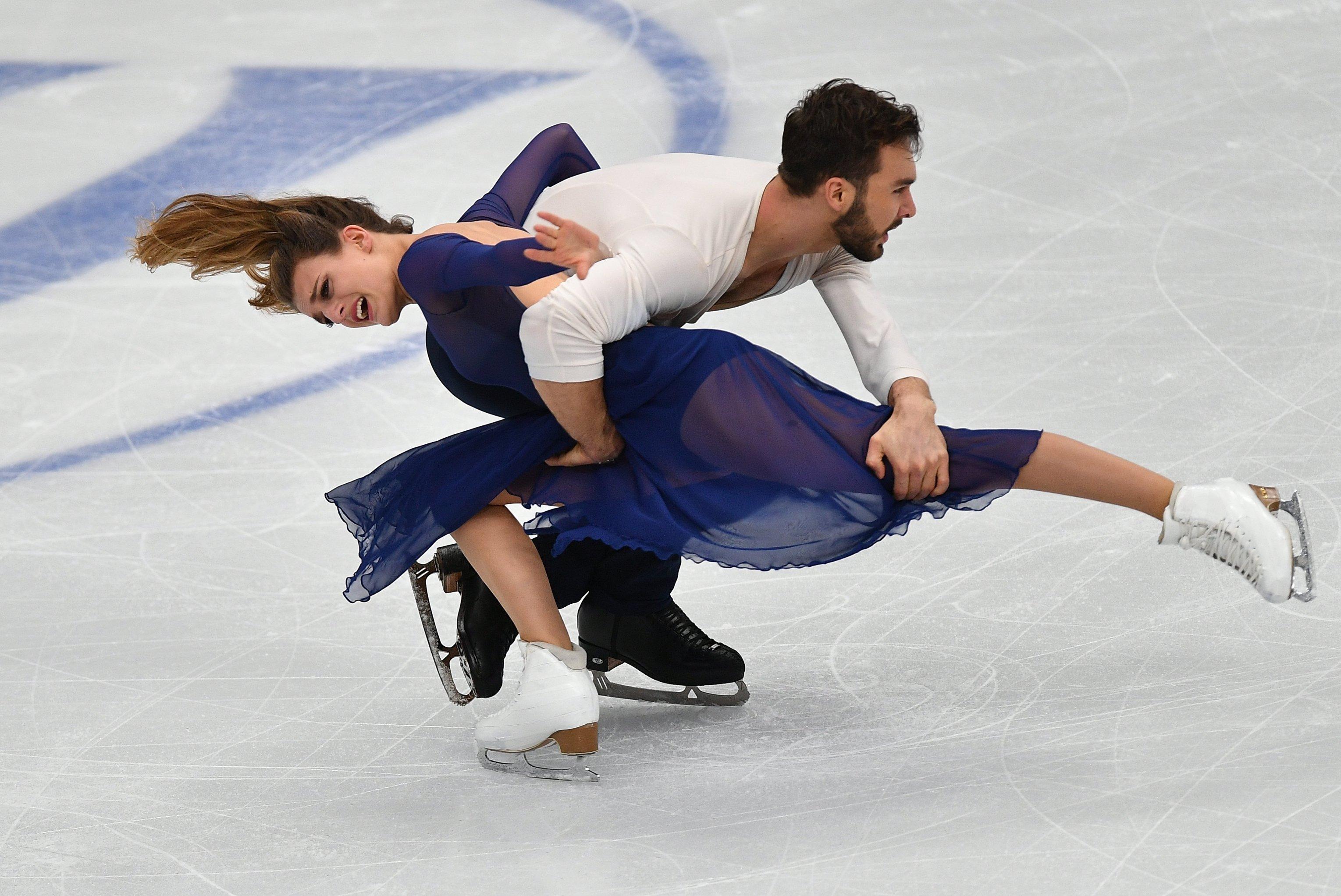 Gabriella Papadakis et Guillaume Cizeron au championnat d'Europe de patinage artistique à Moscou