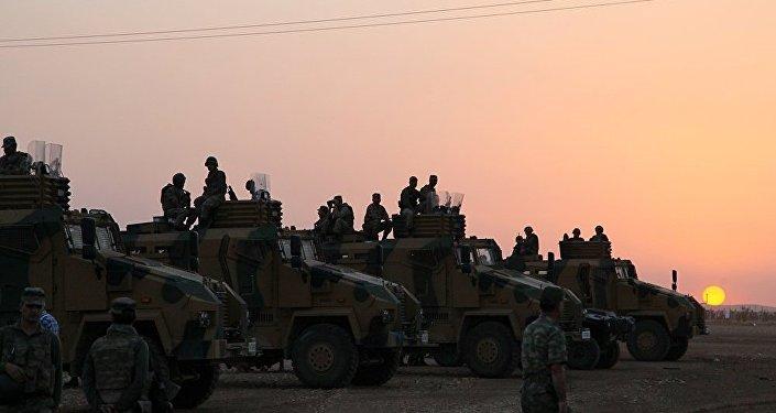 Militaires turcs à Afrine