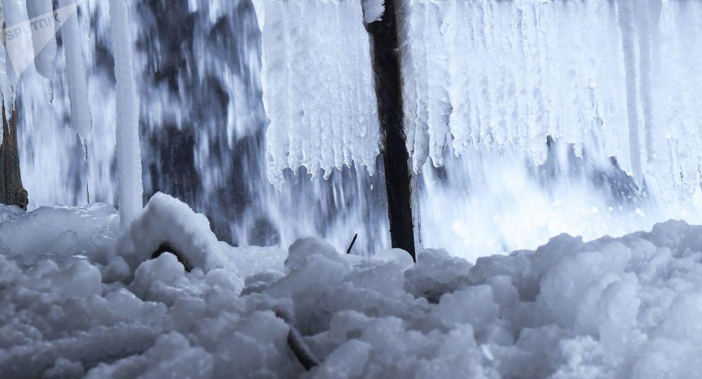 neige, image d'illustration