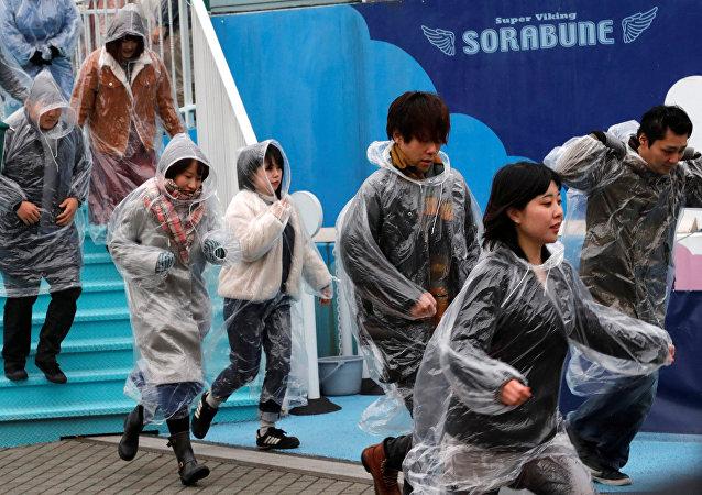 Exercice d'évacuation à Tokyo en cas d'attaque de missile
