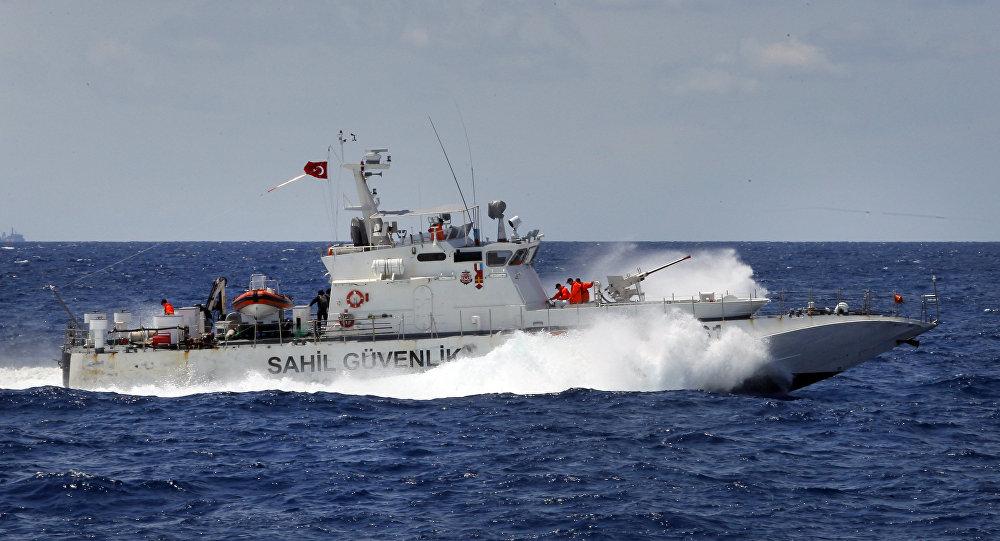 Un navire des gardes-côtes turc