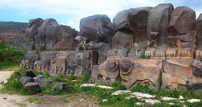 Le plus ancien temple syrien affecté par les combats à Afrine