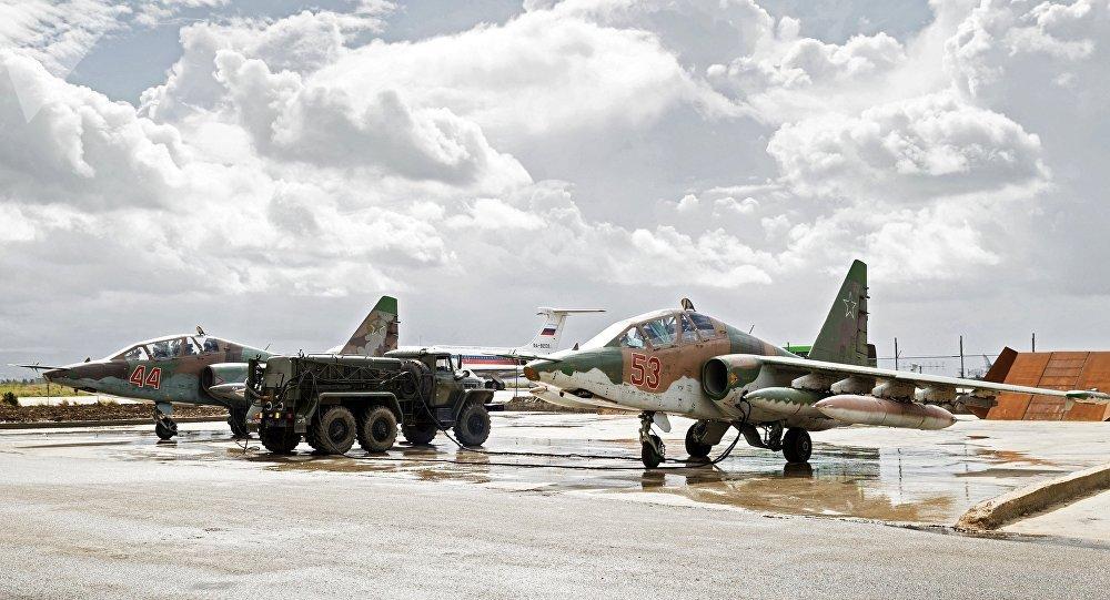 Les Su-25