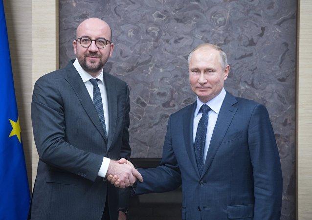 Rencontre entre Vladimir Poutine et le Premier ministre belge Charles Michel