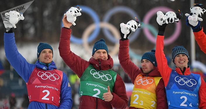 Alexander Bolchounov, Denis Spitsov, Andreï Larkov et Alexeï Tchervotkine