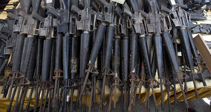 Des fusils d'assaut M-16