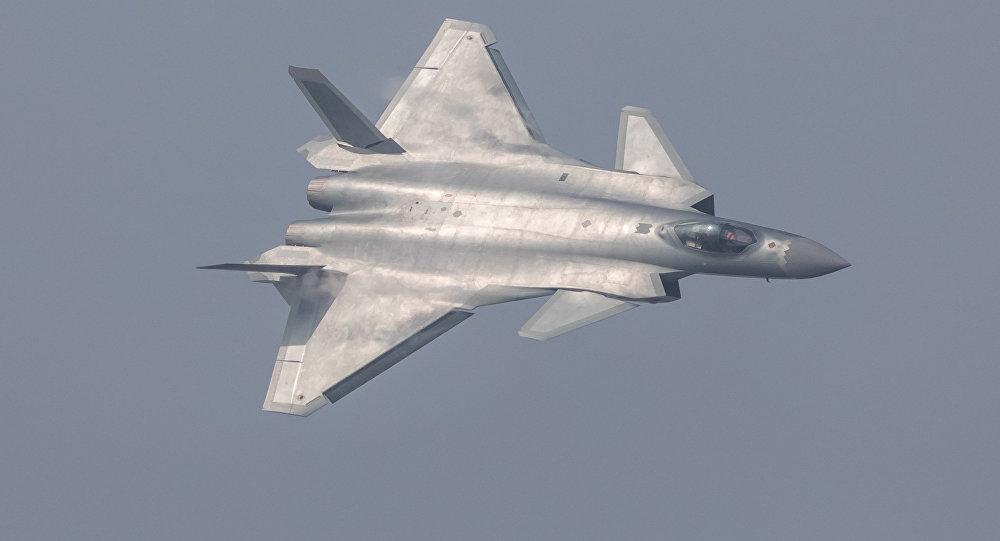 Chasseur furtif chinois J-20