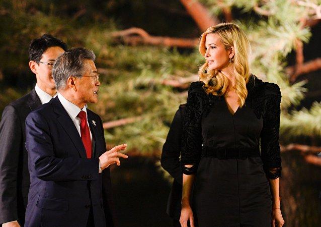 De quoi ont parlé le dirigeant sud-coréen et Ivanka Trump lors de leur rencontre à Séoul?