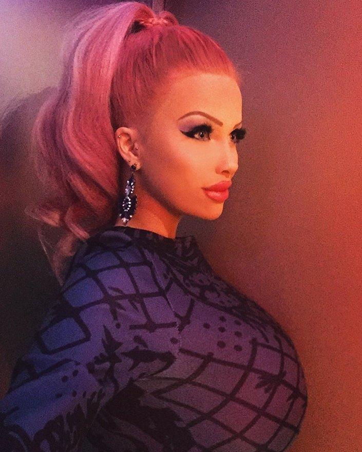 Česká Barbie Lolo Ta Bella