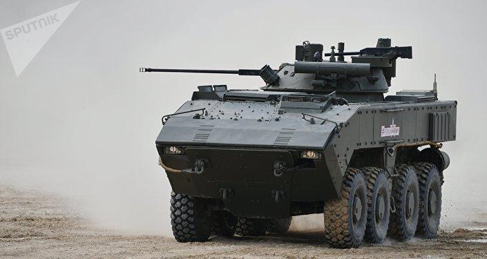 Le véhicule blindé de combat d'infanterie K-17 Boumerang