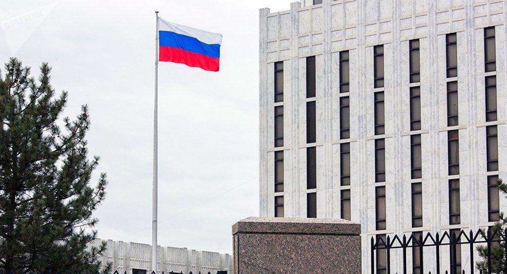 Occident-Russie : une autoroute de diplomates