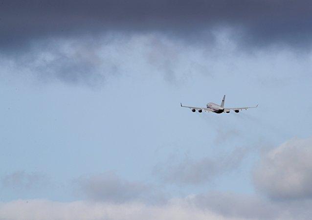 L'avion transportant les diplomates russes expulsés du Royaume-Uni