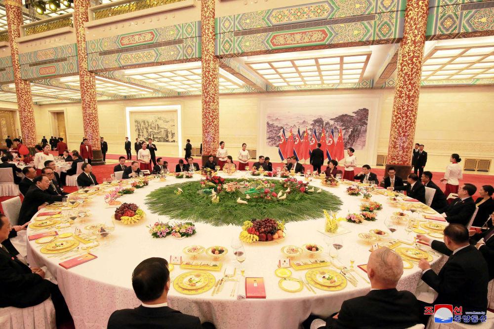 La première visite à l'étranger de Kim Jong-un