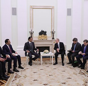 l'émir du Qatar Tamim ben Hamab al-Thani et  le président russe Vladimir Poutine
