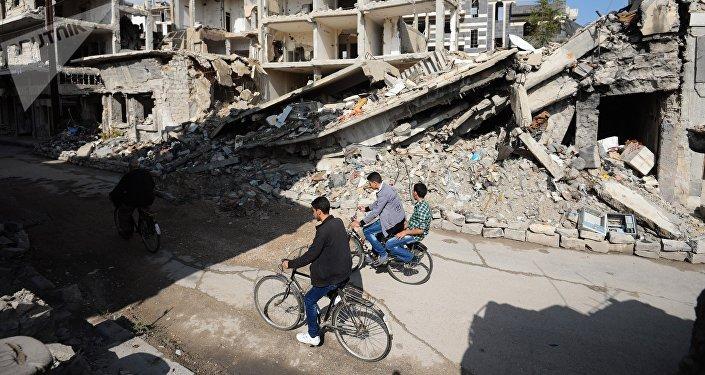 Une guerre ou  une révolution? Souvenirs de Syriens sur mars 2011