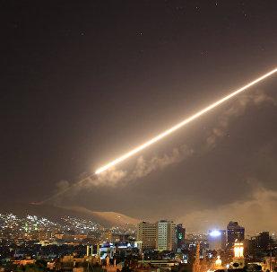 Frappes de missiles sur Damas