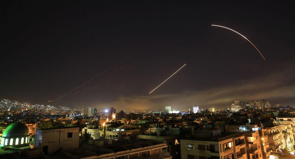 Missiles dans le ciel de Damas
