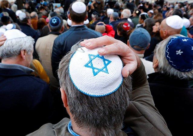 «Berlin porte une kippa»: une manif en soutien aux juifs dans un contexte d'antisémitisme