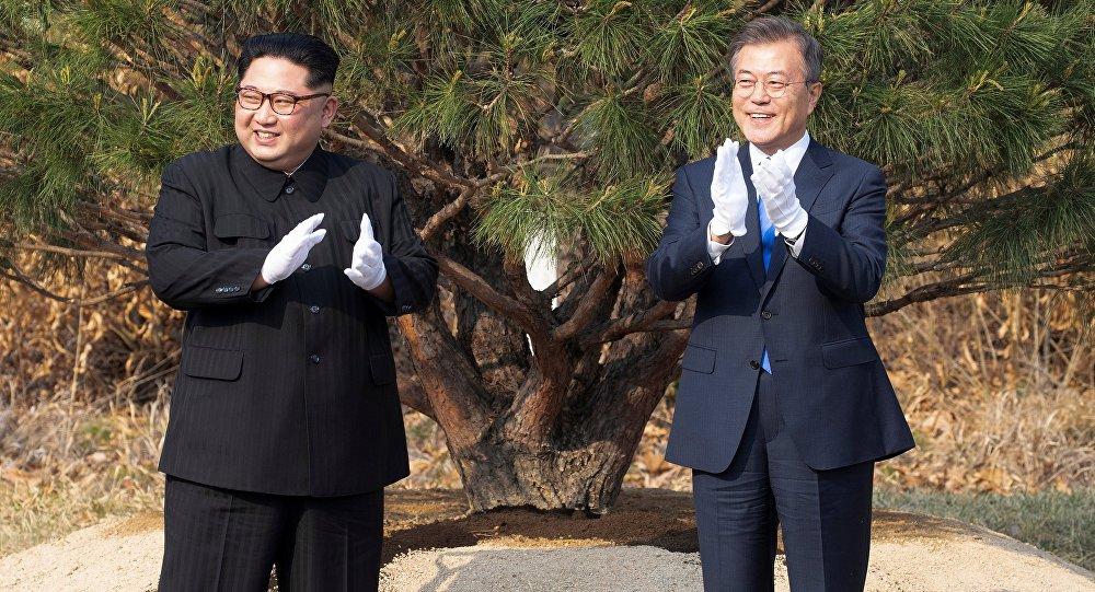 Moon Jae-in et Kim Jong-un