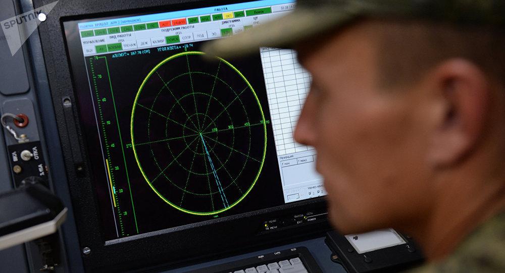 Pourquoi les systèmes de guerre électronique russes gênent-ils les militaires US?