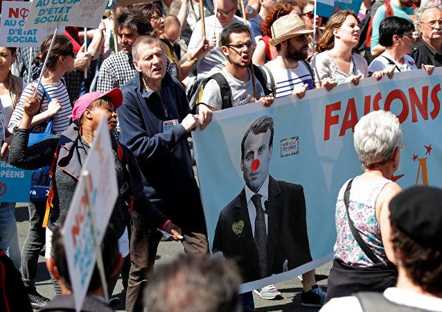«La Fête à Macron» à Paris