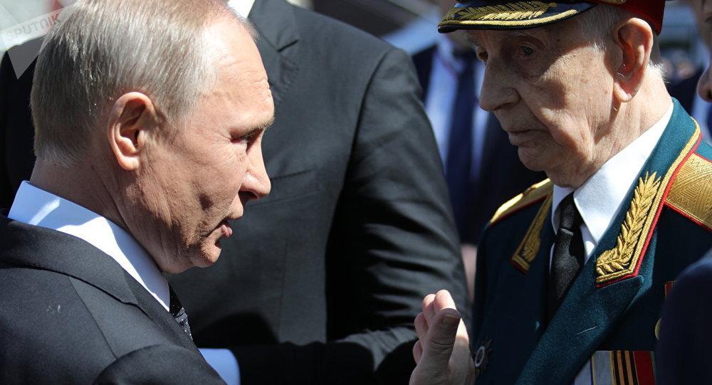 Poutine et un vétéran