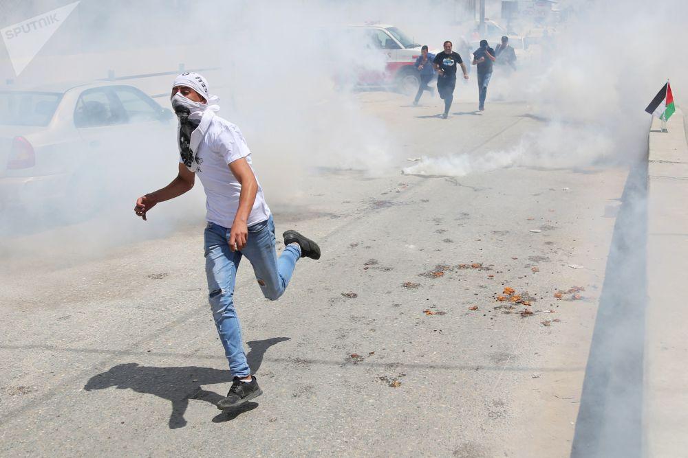 Manifestations à Gaza: affrontements entre Palestiniens et troupes israéliennes