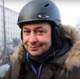 «… il s'agit de la vie d'un homme, d'un journaliste, qui est sans doute torturé en ce moment»