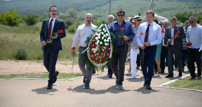 Une délégation italienne en visite en Crimée