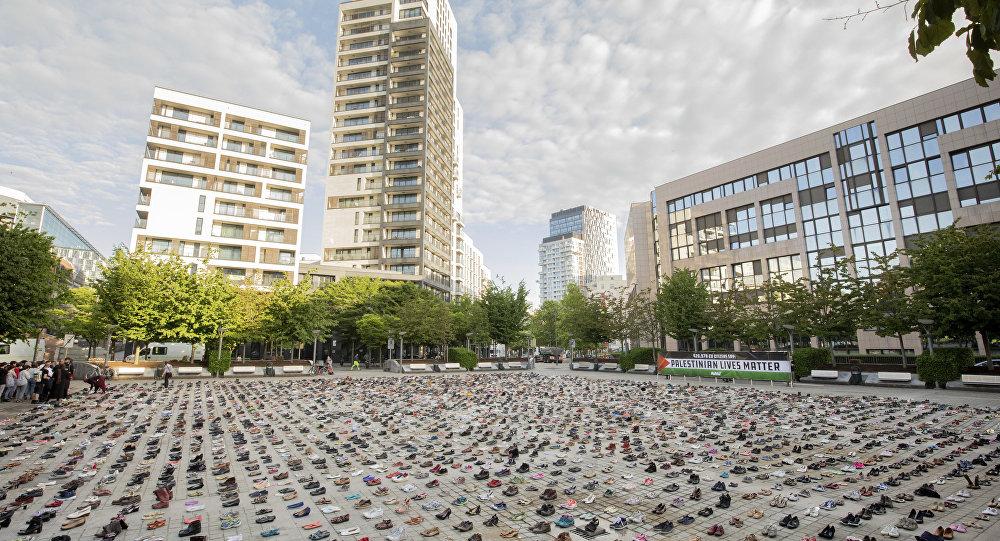 4,500 paires de chaussures posées devant le siège du Conseil de l'UE à Bruxelles
