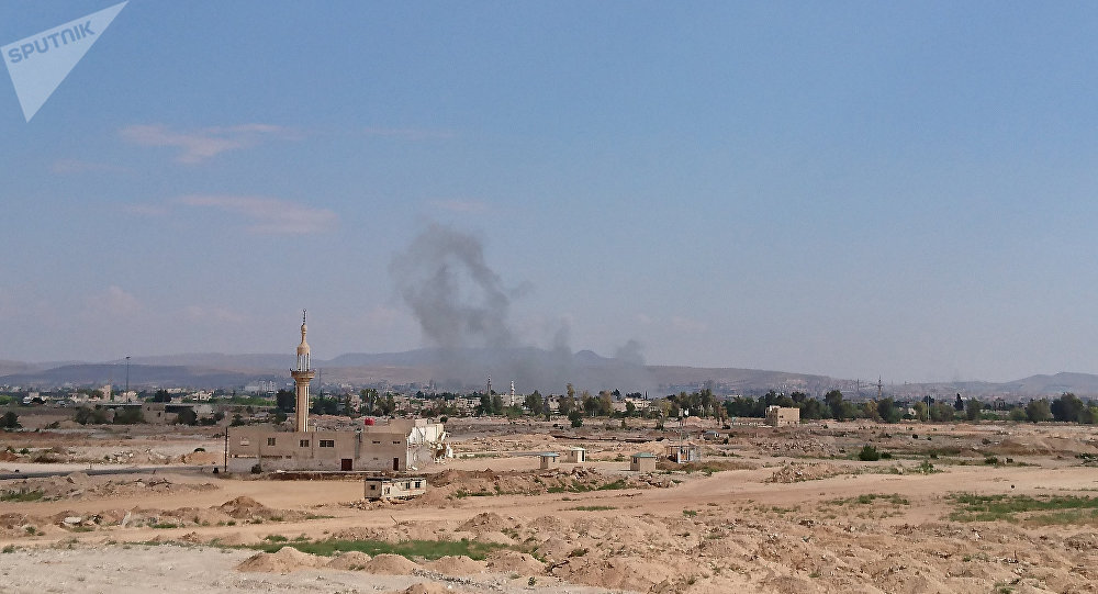 Des explosions annonciatrices de la paix résonnent dans Damas