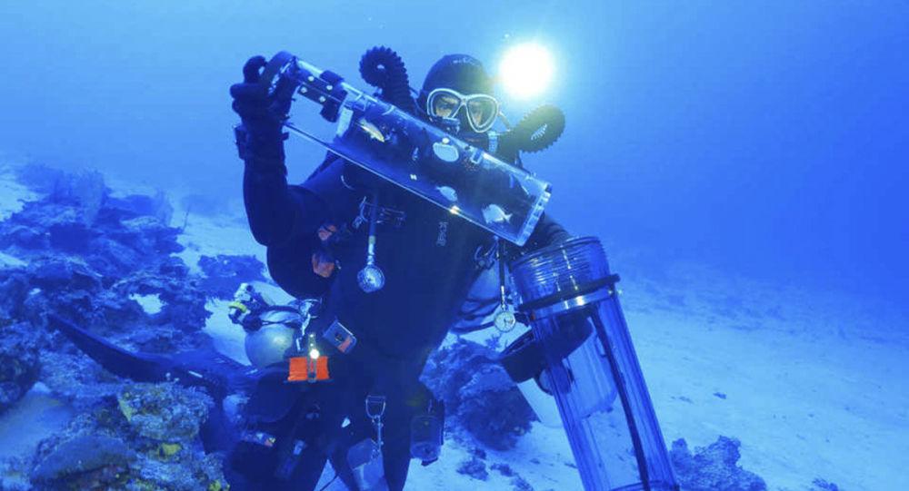 Bart Shepherd pêche dans les profondeurs océaniques