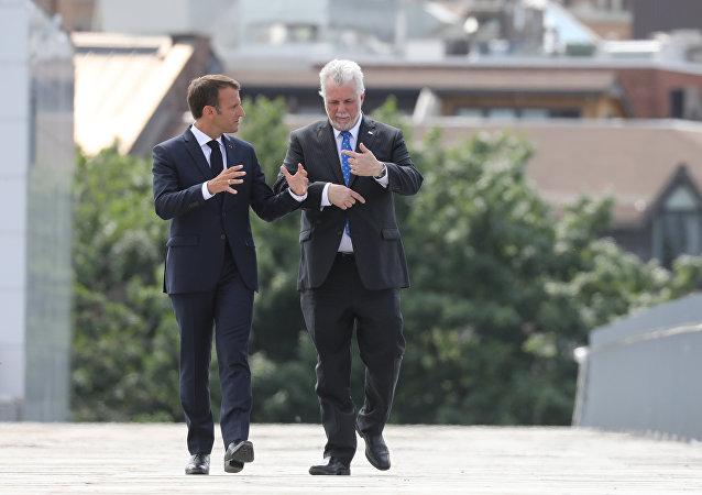 Emmanuel Macron avec Philippe Couillard