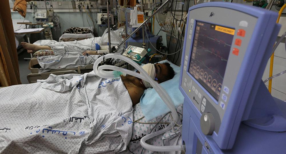 A Gaza, un Palestinien grièvement blessé par une grenade lacrymogène reçue en plein visage