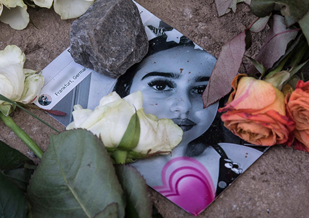 «Ils devraient brûler en enfer»: la police sur le migrant ayant tué une fille en Allemagne