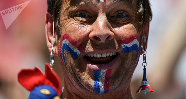 Supporter avant le match France-Australie