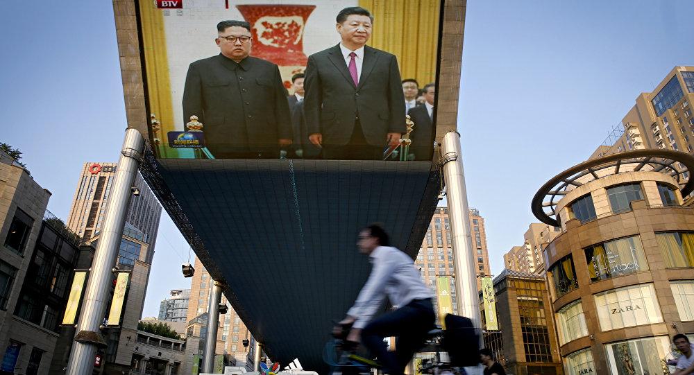 Secret défense: Kim a rendu visite à Xi