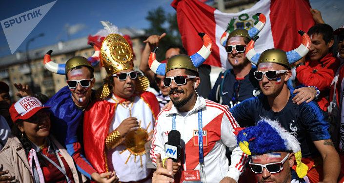 «Ça frôle le ridicule»: des fans des Bleus sur la désinformation sur la Russie en France