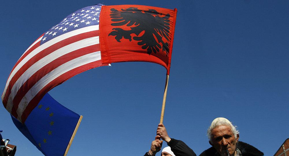 Les USA ont opté pour le président du Kosovo parce qu'il est facile de «le faire chanter»
