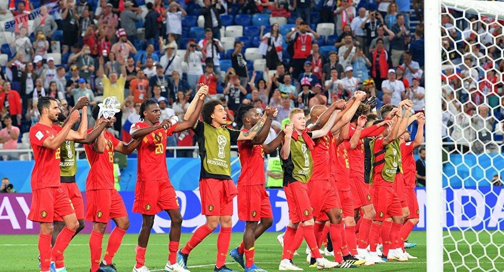 Les joueurs de la sélection belge fêtent leur victoire en Coupe du Monde face à l'Angleterre