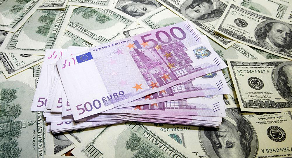 Dollar und Euro