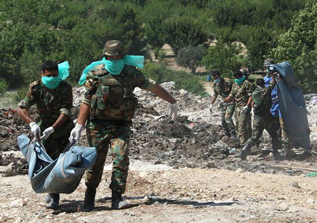 Fosses communes, corps mutilés, mines antipersonnel: le paysage d'Alep-Est libéré