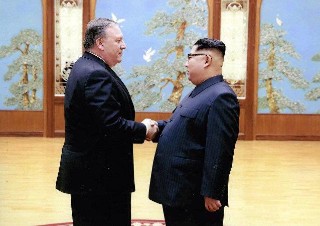 Mike Pompeo et Kim Jong-un
