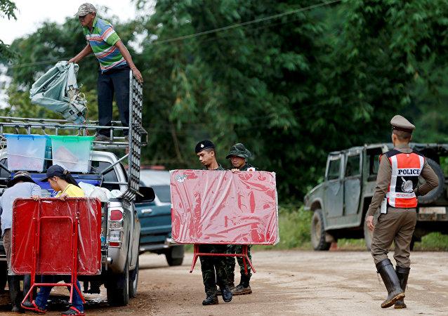 Opération de sauvetage des enfants bloqués dans une grotte en Thaïlande