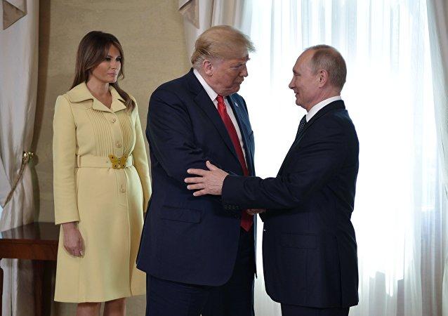 Melania Trump, Donald Trump et Vladimir Poutine à Helsinki