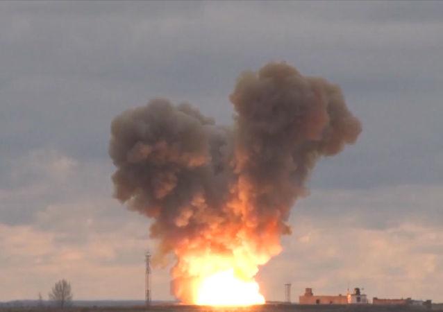 Tir d'essai du missile Avangard