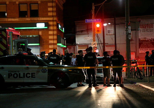La police canadienne près de la scène d'une fusillade à Toronto