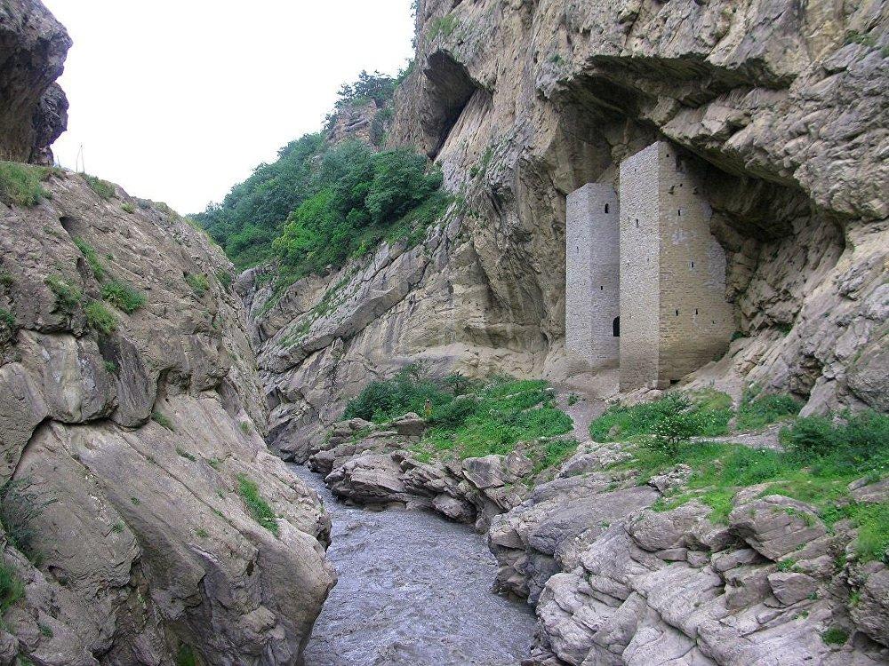 Tours de guet d'Uchkaloj