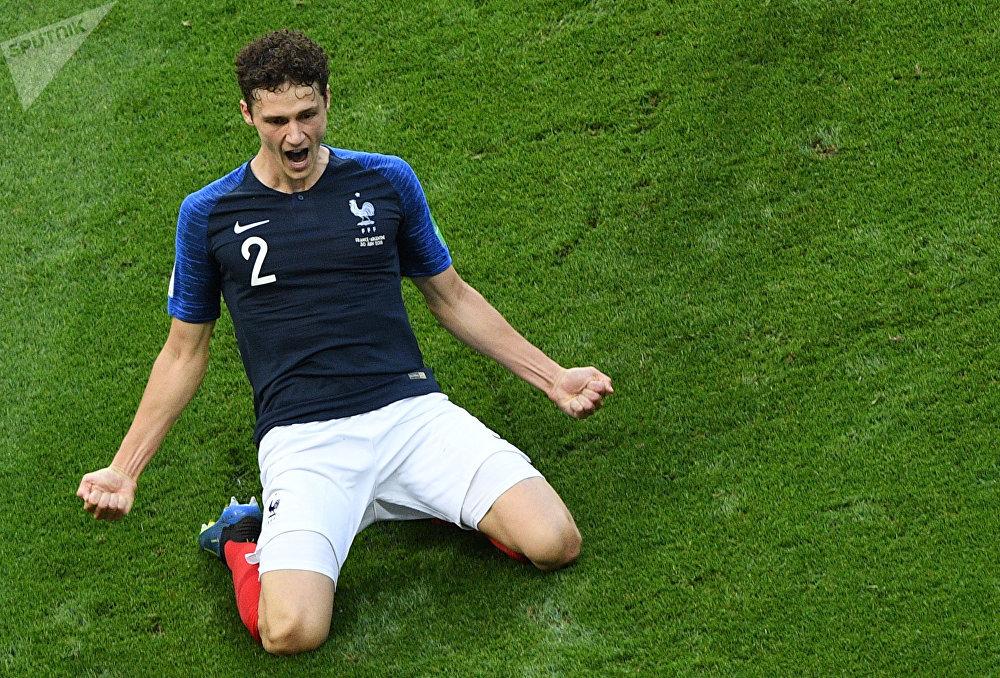 Benjamin Pavard lors du match de huitièmes France-Argentine au Mondial 2018