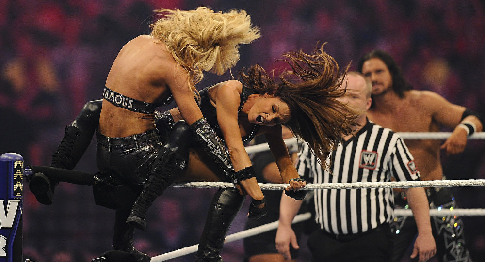 LayCool et Trish Stratus